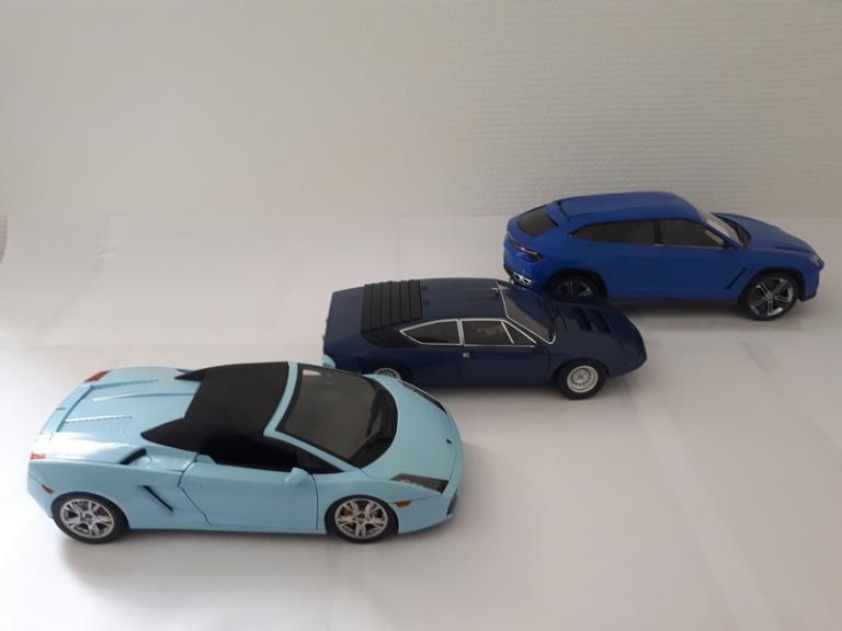 Patchwork bleu: Gallardo Spyder / Urraco / Urus 1/18