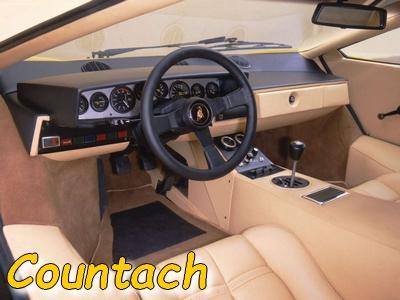 L'intérieur de la Countach
